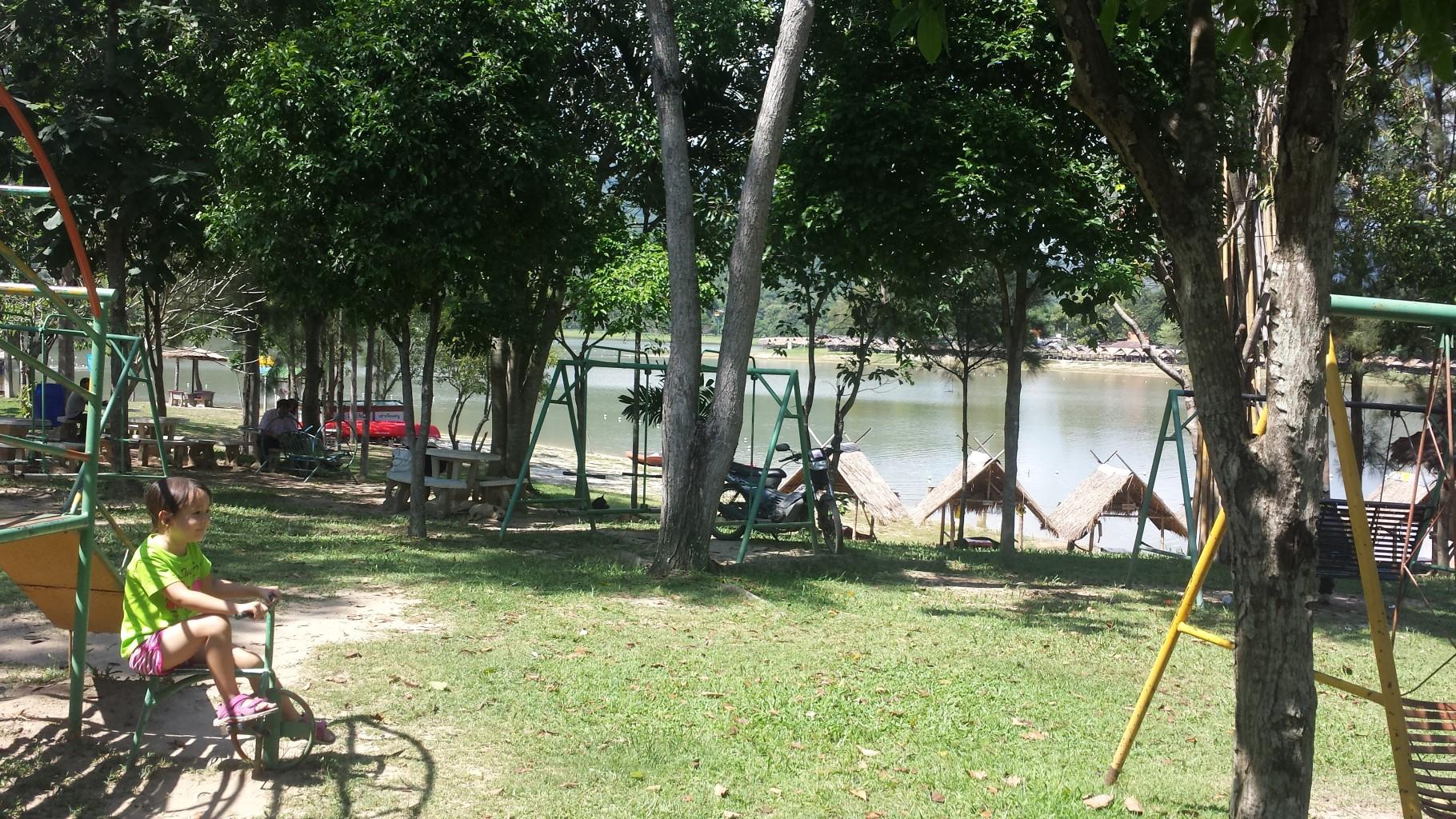 Playground at Huay Tueng Thao Lake