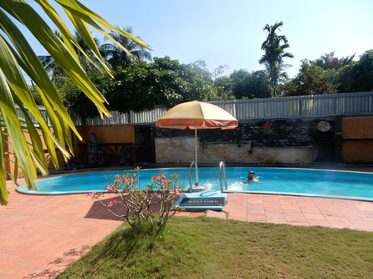 Diamond Suites Pool
