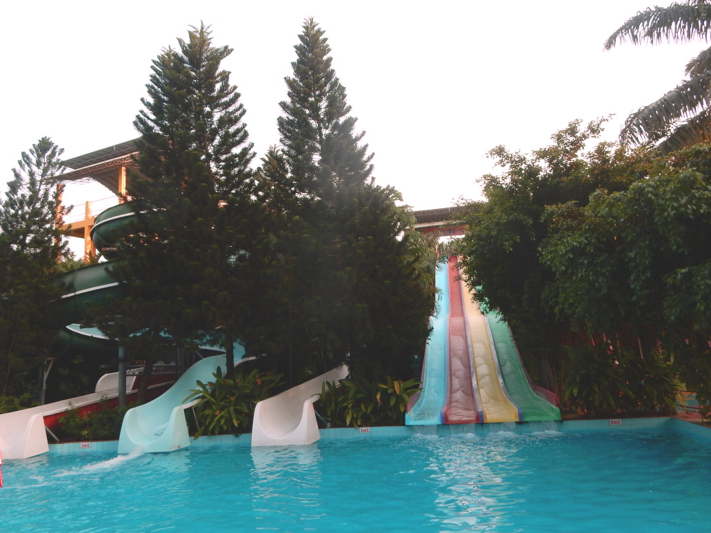 Water Slides in Ho Chi Minh Water Park